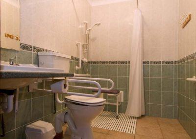 martins-bathroom